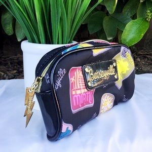 Betsey Johnson Betseyville Make Up Bag Black Tokyo